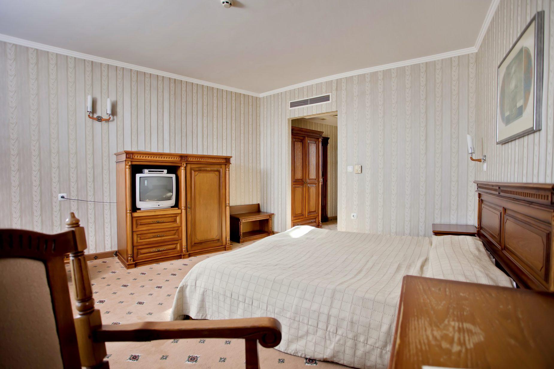 Двойна стая Бургас хотел Мираж