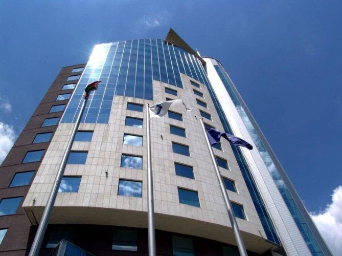 Hotel Mirage Sky