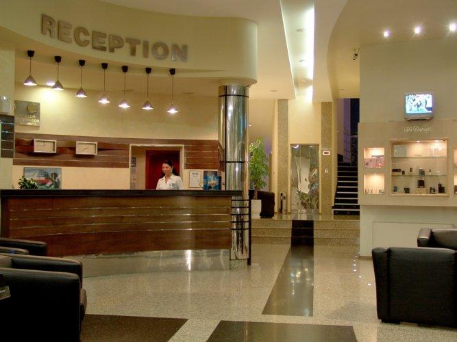 Рецепция хотел Мираж Бургас